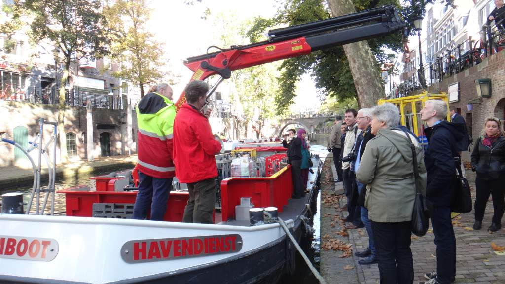 """Study tour Utrecht Oct 2012<br></br><br>Photographer : </br><br></br><br><a href=""""/thematic-categories/urban-freight-logistics"""" typeof=""""skos:Concept"""" property=""""rdfs:label skos:prefLabel"""" datatype="""""""">Urban freight logistics</a></br><br>></br>"""