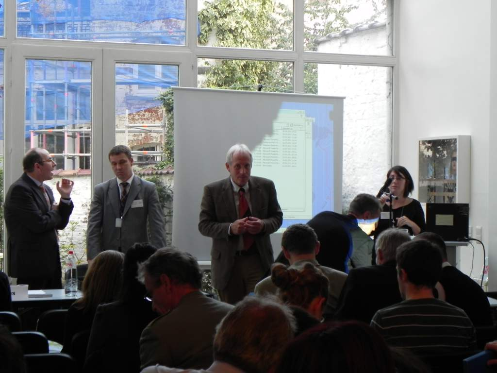 "Workshop Bxl: Learning from CIVITAS cities<br>Workshop: Effective solutions for green urban transport - Learning from CIVITAS cities, 13 September 2011, Brussels</br><br>Photographer : </br><br></br><br><a href=""/thematic-categories/civitas-plus-ii"" typeof=""skos:Concept"" property=""rdfs:label skos:prefLabel"" datatype="""">CIVITAS PLUS II</a></br><br><a href=""/transport-modes"" typeof=""skos:Concept"" property=""rdfs:label skos:prefLabel"" datatype=""""></a>></br>"