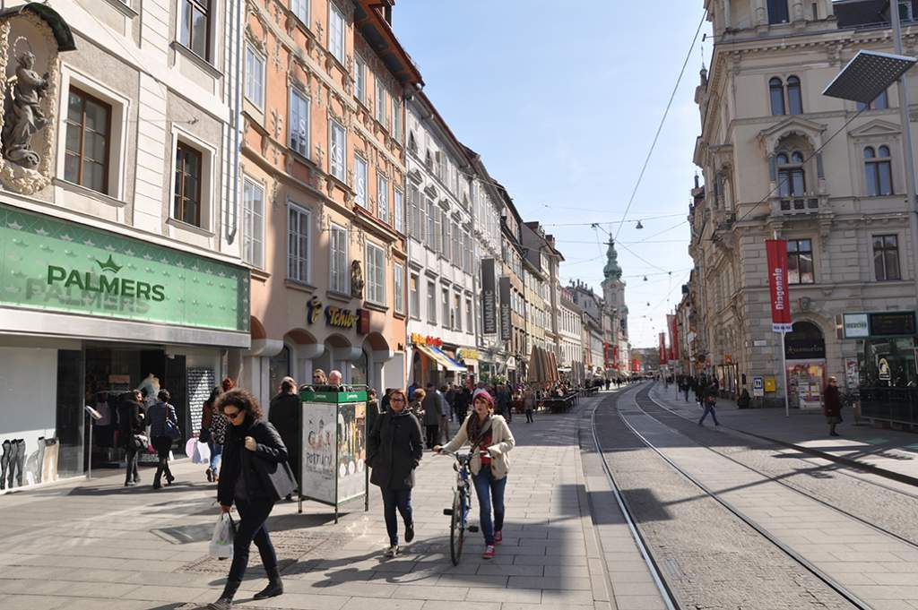 Graz Study Tour Pictures<br></br><br>Photographer : </br><br></br><br></br><br>></br>