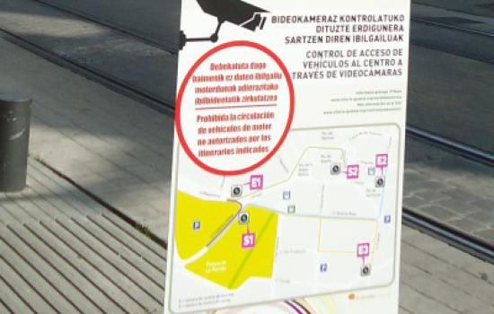 "<a href=""/city/vitoria-gasteiz"">Vitoria - Gasteiz</a> MODERNAccess control warning panel in Vitoria-Gasteiz.<a href=""/thematic-categories/access-management-and-road-pricing"" typeof=""skos:Concept"" property=""rdfs:label skos:prefLabel"" datatype="""">Access management and road pricing</a> <a href=""/transport-modes/other"" typeof=""skos:Concept"" property=""rdfs:label skos:prefLabel"" datatype="""">Other</a>"