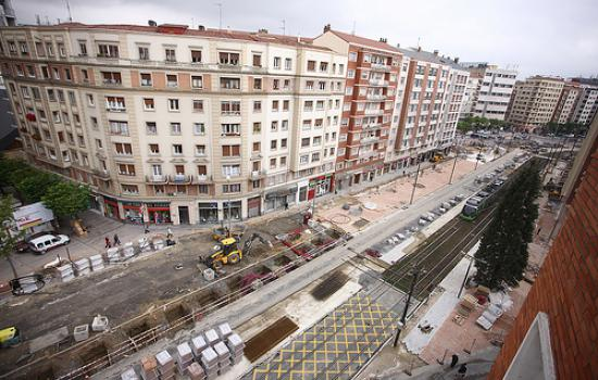 """<a href=""""/content/vitoria-gasteiz"""">Vitoria - Gasteiz</a> MODERNWorks in the demostrative superblock.<a href=""""/thematic-categories/access-management-and-road-pricing"""" typeof=""""skos:Concept"""" property=""""rdfs:label skos:prefLabel"""" datatype="""""""">Access management and road pricing</a> <a href=""""/transport-modes/cycling"""" typeof=""""skos:Concept"""" property=""""rdfs:label skos:prefLabel"""" datatype="""""""">Cycling</a>, <a href=""""/transport-modes/tram"""" typeof=""""skos:Concept"""" property=""""rdfs:label skos:prefLabel"""" datatype="""""""">Tram</a>, <a href=""""/transport-modes/walking"""" typeof=""""skos:Concept"""" property=""""rdfs:label skos:prefLabel"""" datatype="""""""">Walking</a>"""