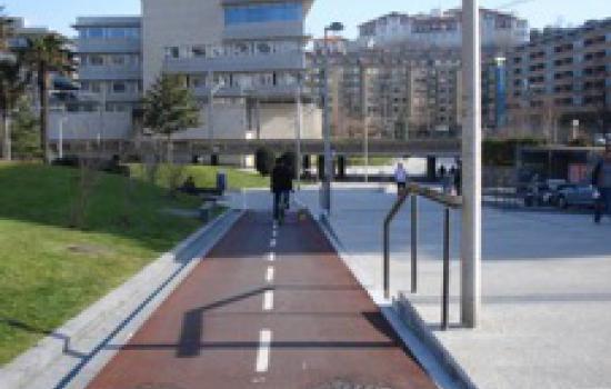 "<a href=""/city/donostia-san-sebastian-0"">Donostia - San Sebastián</a> ARCHIMEDESCycling lane at Plaza Teresa de Calcuta<a href=""/thematic-categories/civitas-plus-ii"" typeof=""skos:Concept"" property=""rdfs:label skos:prefLabel"" datatype="""">CIVITAS PLUS II</a> <a href=""/transport-modes/cycling"" typeof=""skos:Concept"" property=""rdfs:label skos:prefLabel"" datatype="""">Cycling</a>"
