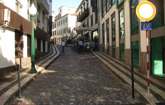 "<a href=""/city/funchal"">Funchal</a> MIMOSAStreet in which the automatic system will be implemented<a href=""/thematic-categories/intelligent-transport-systems-its-traffic-monitoring-management-and-enforcement"" typeof=""skos:Concept"" property=""rdfs:label skos:prefLabel"" datatype="""">Intelligent transport systems (ITS) for traffic monitoring, management and enforcement</a> <a href=""/transport-modes"" typeof=""skos:Concept"" property=""rdfs:label skos:prefLabel"" datatype=""""></a>"