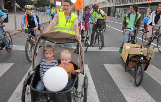 """<a href=""""/content/ljubljana"""">Ljubljana</a> ELANThe CIVITAS parade took over the main street through city centre, which was closed for motorised vehicles throughout the whole week.<a href=""""/thematic-categories/civitas-plus-ii"""" typeof=""""skos:Concept"""" property=""""rdfs:label skos:prefLabel"""" datatype="""""""">CIVITAS PLUS II</a> <a href=""""/transport-modes/cycling"""" typeof=""""skos:Concept"""" property=""""rdfs:label skos:prefLabel"""" datatype="""""""">Cycling</a>, <a href=""""/transport-modes/walking"""" typeof=""""skos:Concept"""" property=""""rdfs:label skos:prefLabel"""" datatype="""""""">Walking</a>"""