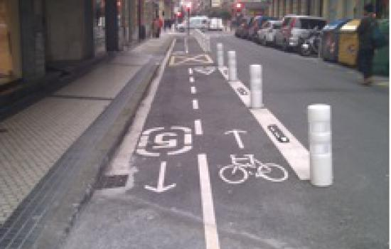 """<a href=""""/content/donostia-san-sebasti%C3%A1n-0"""">Donostia - San Sebastián</a> ARCHIMEDESCycling lane connecting to arrasate Pedestrian area<a href=""""/thematic-categories/walking-and-cycling-enhancementsservices"""" typeof=""""skos:Concept"""" property=""""rdfs:label skos:prefLabel"""" datatype="""""""">Walking and cycling enhancements/services</a> <a href=""""/transport-modes/cycling"""" typeof=""""skos:Concept"""" property=""""rdfs:label skos:prefLabel"""" datatype="""""""">Cycling</a>"""