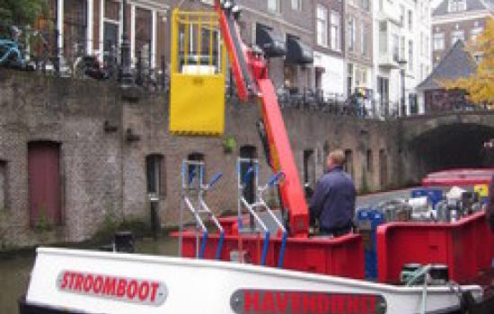 "<a href=""/content/utrecht"">Utrecht</a> MIMOSAbeer boat<a href=""/thematic-categories/distribution-schemes"" typeof=""skos:Concept"" property=""rdfs:label skos:prefLabel"" datatype="""">Distribution schemes</a> <a href=""/transport-modes/boat"" typeof=""skos:Concept"" property=""rdfs:label skos:prefLabel"" datatype="""">Boat</a>, <a href=""/transport-modes/canal-boat"" typeof=""skos:Concept"" property=""rdfs:label skos:prefLabel"" datatype="""">Canal boat</a>"