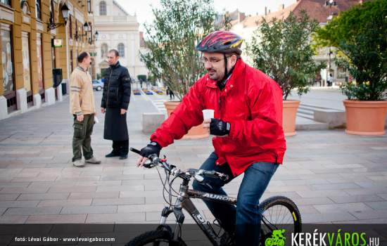 "<a href=""/content/p%C3%A9cs"">Pécs</a> Pecs vice-mayor, who is a great supporter of using bicycles rather than the car. The photo was taken during the ""Ride on Bike to Work"" campaign.<a href=""/thematic-categories/civitas-plus-ii"" typeof=""skos:Concept"" property=""rdfs:label skos:prefLabel"" datatype="""">CIVITAS PLUS II</a> <a href=""/transport-modes/cycling"" typeof=""skos:Concept"" property=""rdfs:label skos:prefLabel"" datatype="""">Cycling</a>"